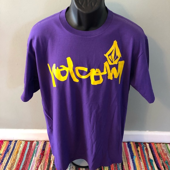 Volcom Other - NWT Volcom Stone Surf Shirt Hawaii Purple Large